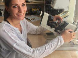Unsere neue Azubine. Wir freuen uns sehr darüber, dass sich Lena für eine Ausbildung zur Optikerin in der DUO Optik & Akustik entschieden hat.… Mehr lesen…