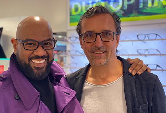 David Moore mit Tom Ford Brille aus der DUO Optik in Hattingen